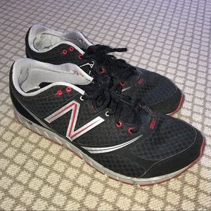 New balance tennis shoes-great condition!